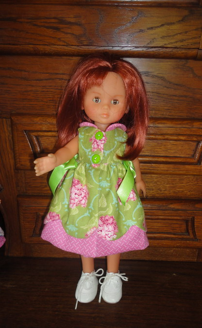Couture pour mes poupées et celles de mes amies Dsc03494_redimensionner-4623bcd