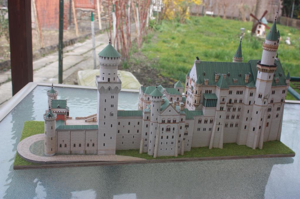 Le château de Neuschwanstein, Maquette en papier