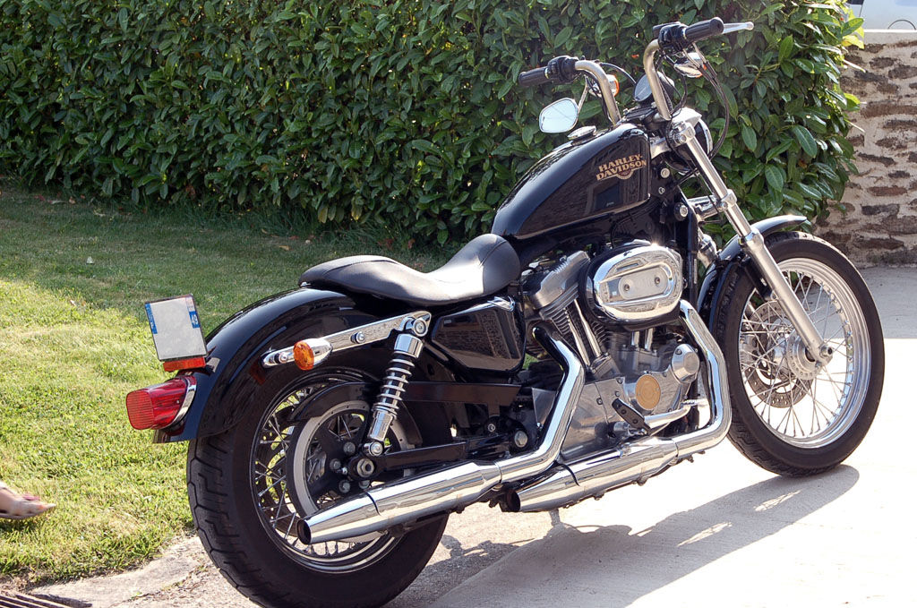 Star Bolt Vs Sportster 1200 Yamaha Bolt Vs Harley 1200  Autos Post