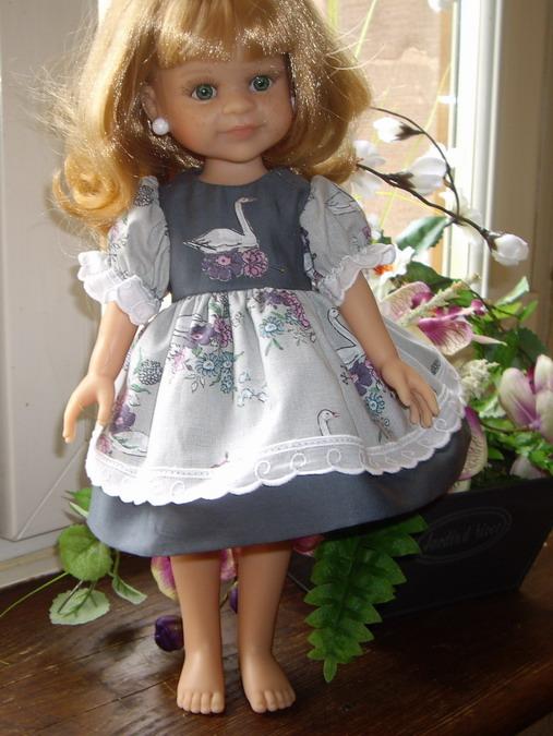 Les poupées de ma maison  - Page 2 Imgp8927_redimensionner-45ca67d