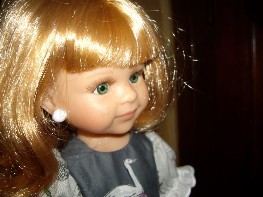 Les poupées de ma maison  - Page 2 Imgp8929_redimensionner-45ca683