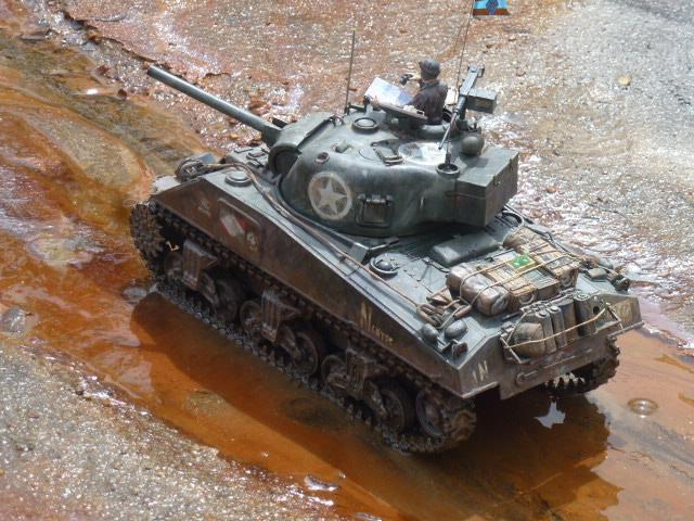 Sherman modifié M4A4 de la 1ère DB  - Page 2 P1110290-467ecb5