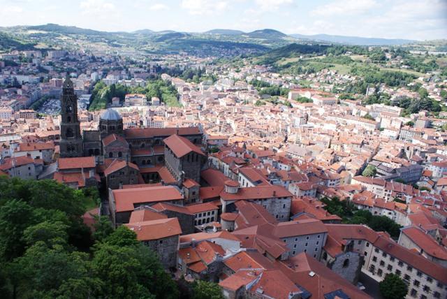 X Lorraine, Toulon et Auvergne du Sud. Juin 2014 : 041-4681304