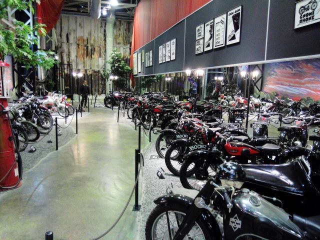 w800 forum rassemblement annuel de l 39 amicale des motos gnome rhone. Black Bedroom Furniture Sets. Home Design Ideas