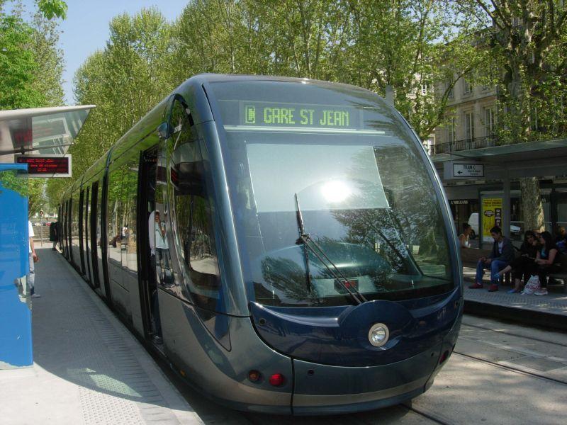 le tram de Bordeaux  6-44222b4