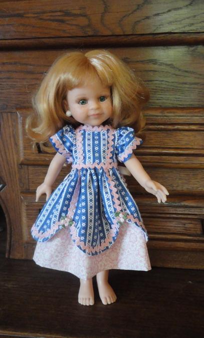 Couture pour mes poupées et celles de mes amies Dsc03497_redimensionner-4623be7