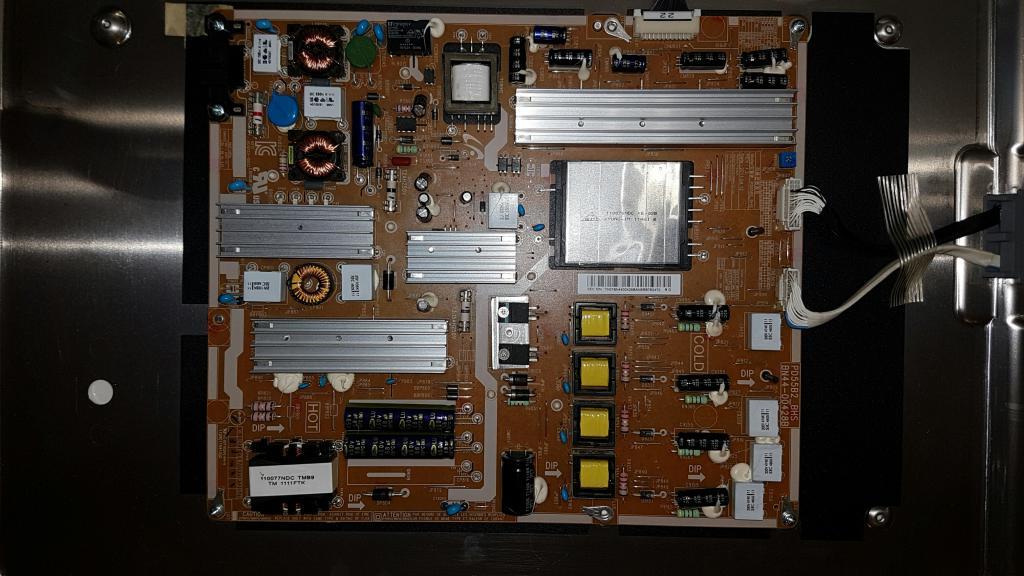 depanntout depannage tv lcd plasma ordinateur electrom nager. Black Bedroom Furniture Sets. Home Design Ideas