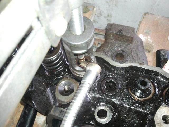 remontage moteur 2.3l V6 ford 1982 - Page 3 Photo0225-523c7f8