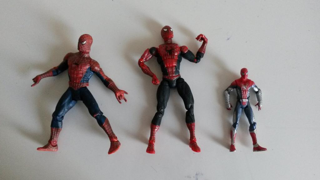 figurine articulee spiderman noir. Black Bedroom Furniture Sets. Home Design Ideas