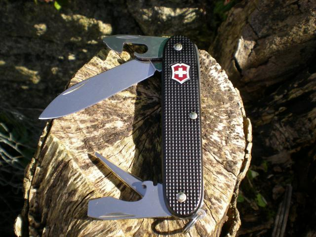 Ma collection Victorinox et wenger. [par Lucke] - Page 4 Dscn7546-4a3e676
