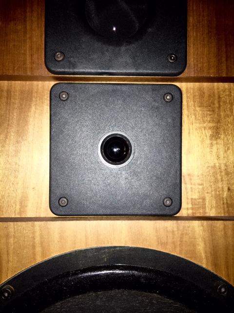 forum cabasse hifi vintage et home cin ma probl me tweeter sampan 311 12 lourd. Black Bedroom Furniture Sets. Home Design Ideas