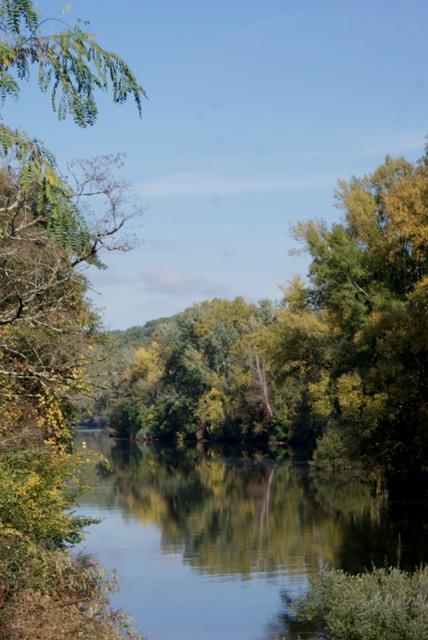 X 2015 DORDOGNE (24) octobre Dordogne et Caillac (près de Cahors) Va1-023-4d2837a