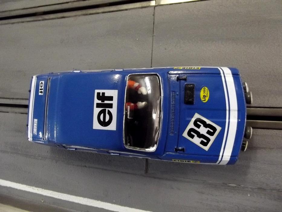 r12 g