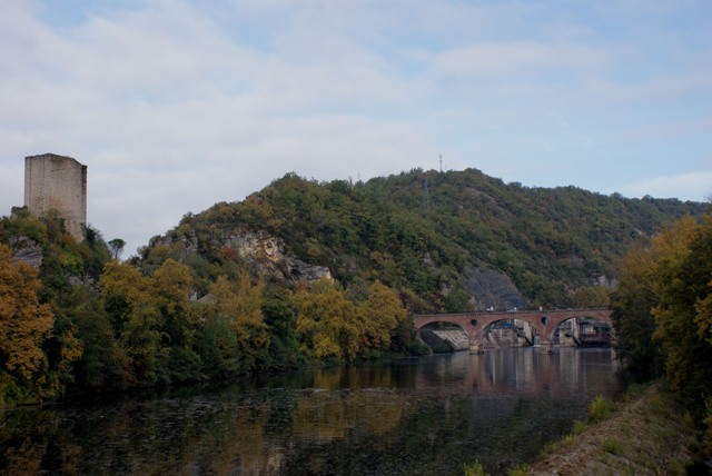 X 2015 DORDOGNE (24) octobre Dordogne et Caillac (près de Cahors) Va1-011-4d28107