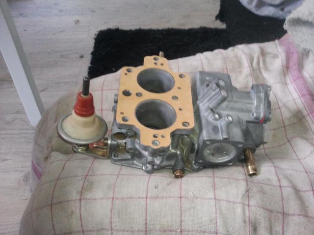 remontage moteur 2.3l V6 ford 1982 - Page 3 Photo0256-5243c3a