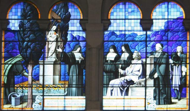 Une petite histoire par jour (La France Pittoresque) - Page 7 Vitrail-basilique...arseille-5488303