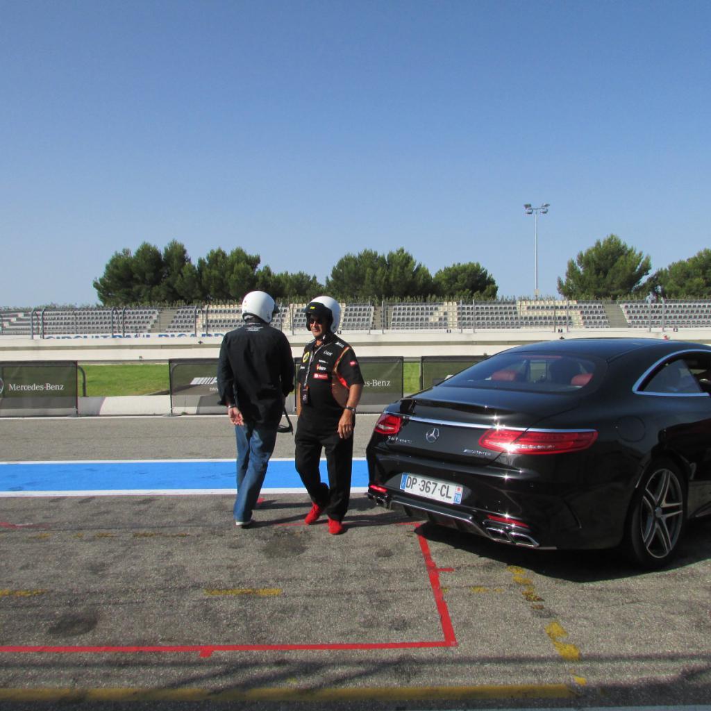 Importer auto et sportive de luxe circuit paul ricard for Garage auto pertuis