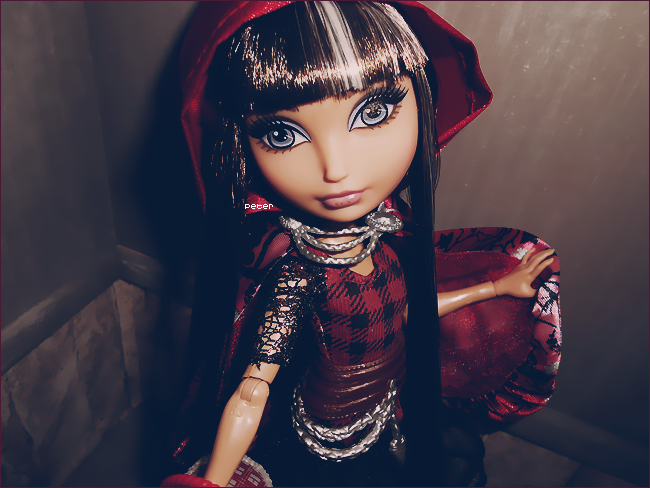 Are you a Royal or a Rebel ? Cerise-hood-4776aca