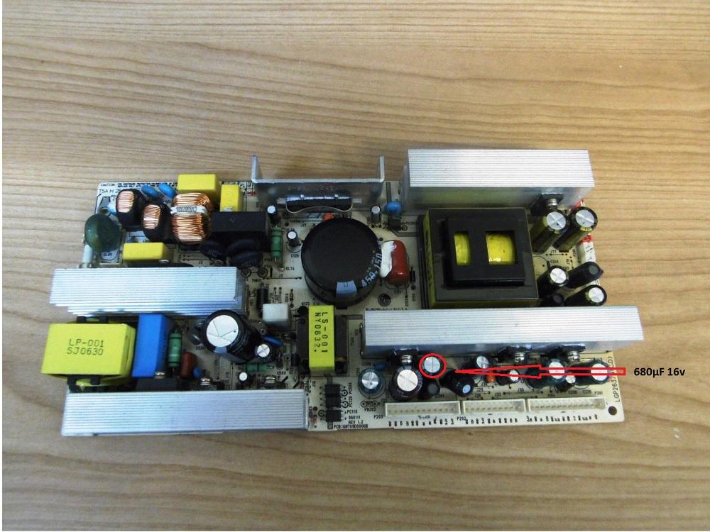 teleservice forum d pannage electronique r solu lg32lc2db pas de signal. Black Bedroom Furniture Sets. Home Design Ideas
