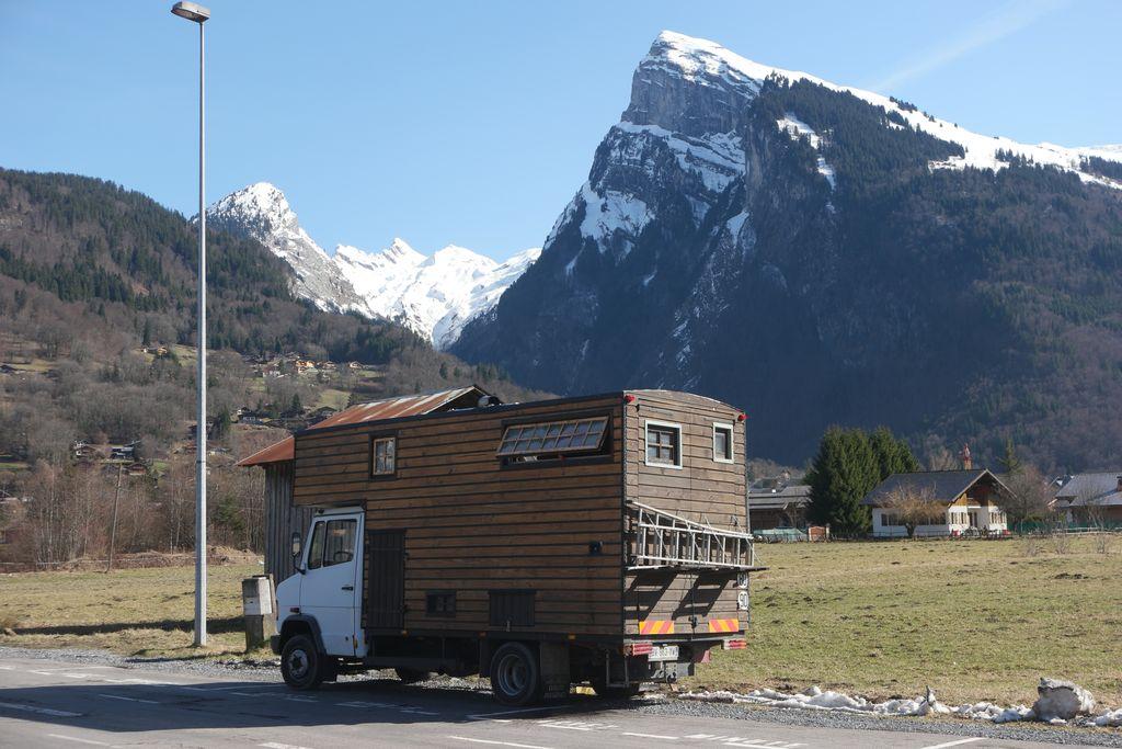 forum camping car par marque un orni du cot de samo ns. Black Bedroom Furniture Sets. Home Design Ideas