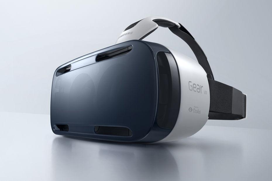 casque samsung gear vr du virtuel au r el. Black Bedroom Furniture Sets. Home Design Ideas