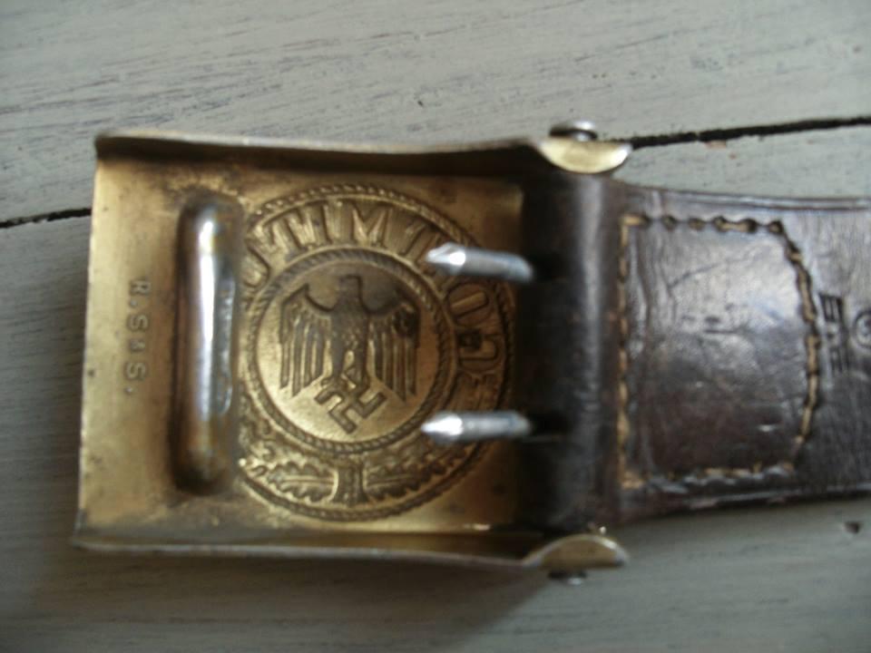 7650f704843c Mon ceinturon Kriegsmarine. La boucle présente encore une belle dorure,  marquée RSS. La patelette possède l aigle KM ainsi que le cuir du ceinturon.