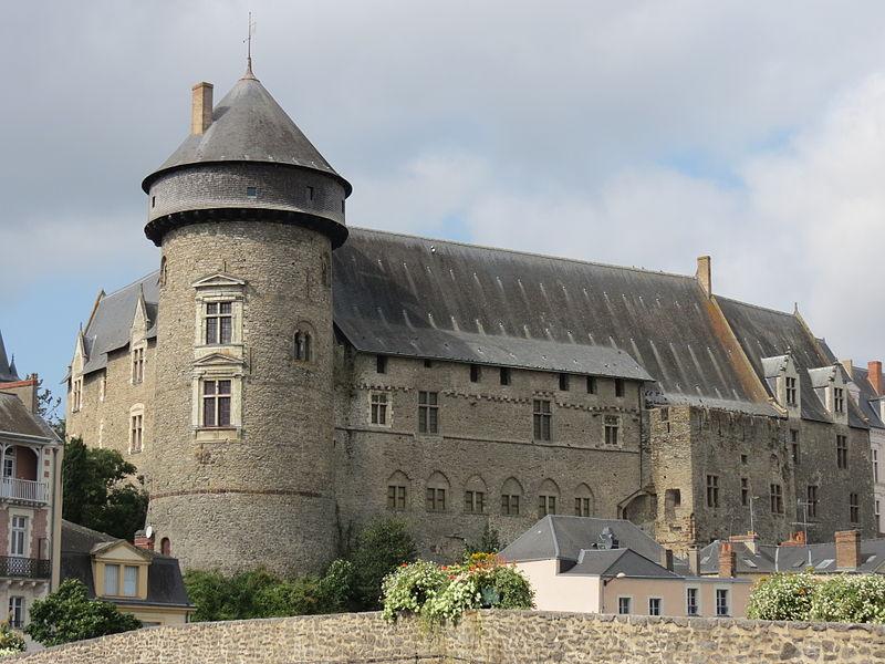 Car Mayenne Laval Ligne