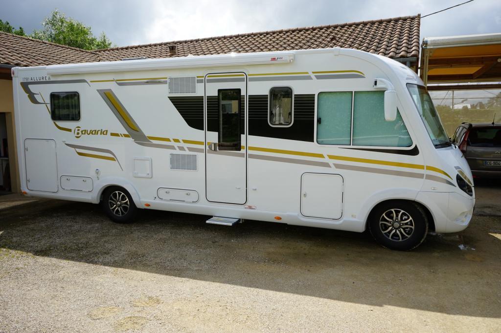 forum camping car par marque mon camping car. Black Bedroom Furniture Sets. Home Design Ideas