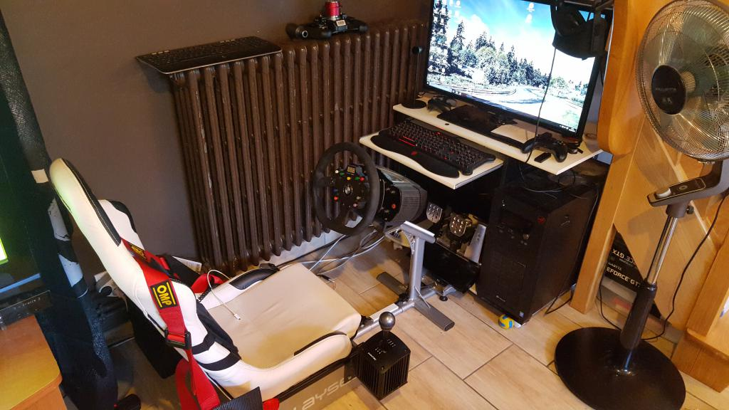 pcshm playseats cockpits et simulateurs home made projet seat mover 2dof de rokrio. Black Bedroom Furniture Sets. Home Design Ideas