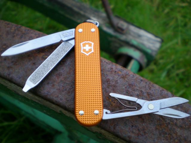 Ma collection Victorinox et wenger. [par Lucke] - Page 4 Dscn7539-4a3d5d4