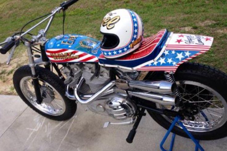 Evel Knievel Replica Harley Davidson Forums: W800 Forum :: Selle Tracker