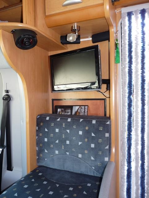 forum camping car par marque am liorations confort. Black Bedroom Furniture Sets. Home Design Ideas