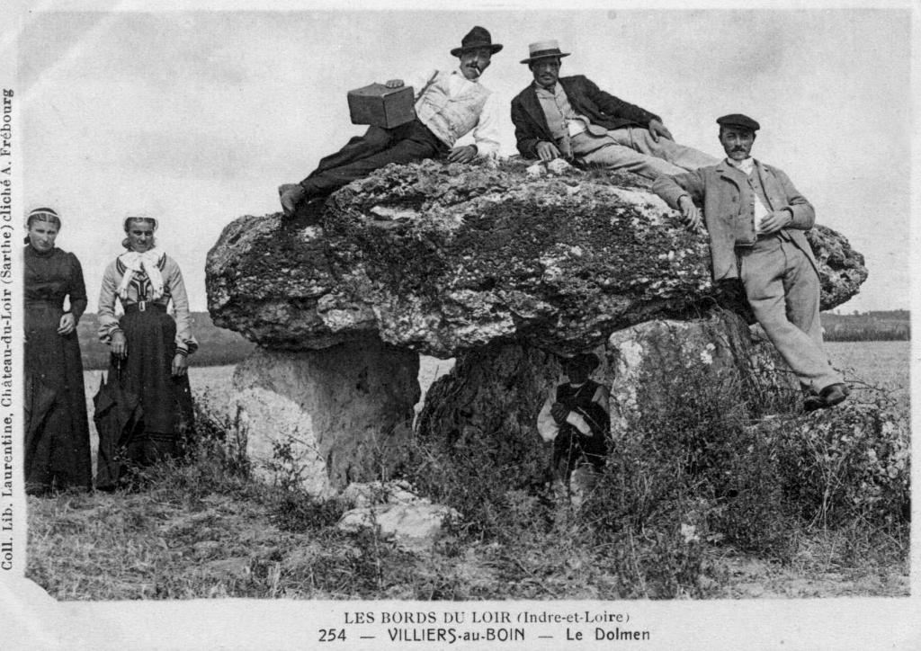 Touraine insolite la haute pierre dolmen for Haute pierre