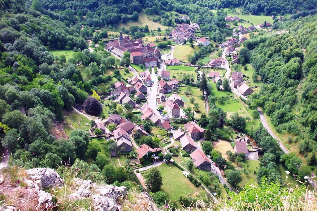 Villages et terres de france baume les messieurs - Office du tourisme baume les messieurs ...