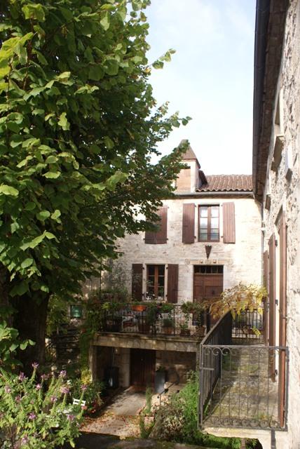 X 2015 DORDOGNE (24) octobre Dordogne et Caillac (près de Cahors) Va1-035-4d283c1