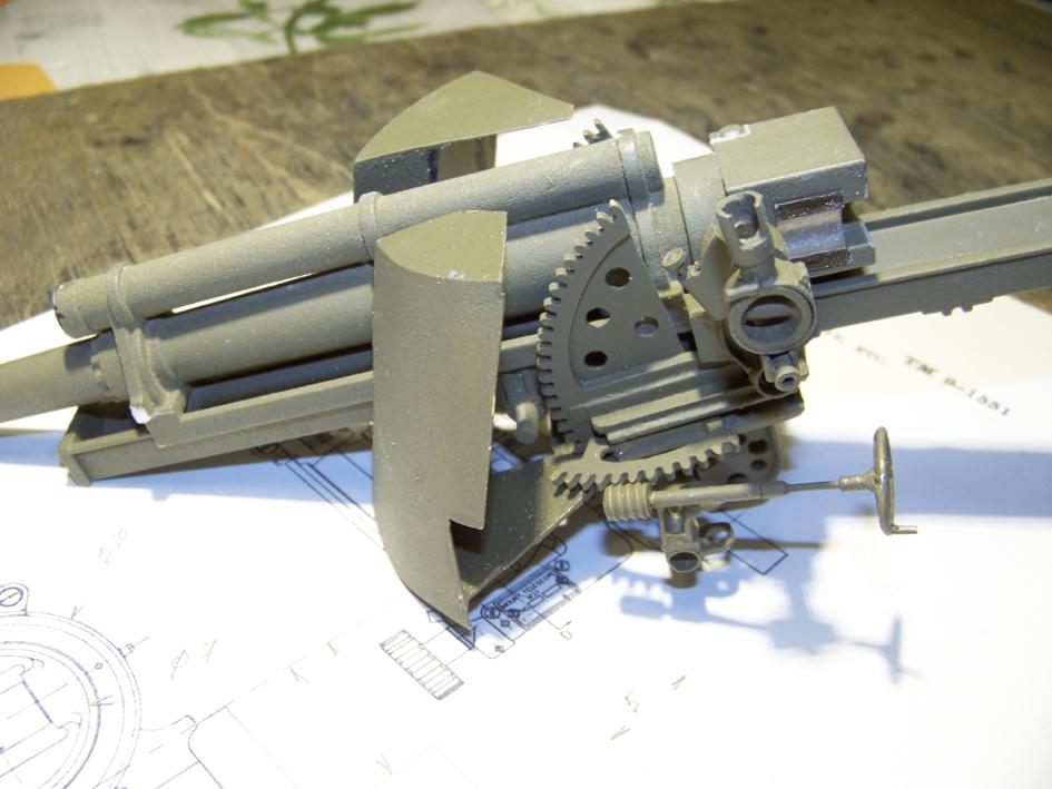 "M7 B1 105 Howitzer Gun Motor Carriage ""Priest"" - Heng Long - 1/16e - Page 2 103_3999-4ddb310"