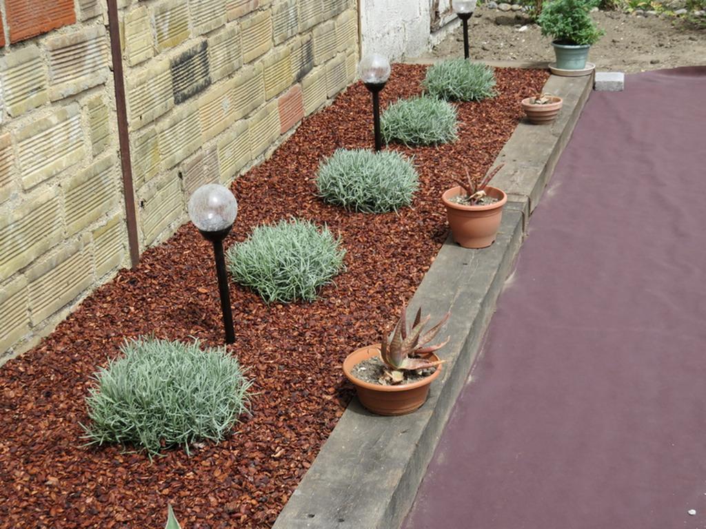 nouvelle terrasse chez les didoune page 3 au jardin forum de jardinage. Black Bedroom Furniture Sets. Home Design Ideas