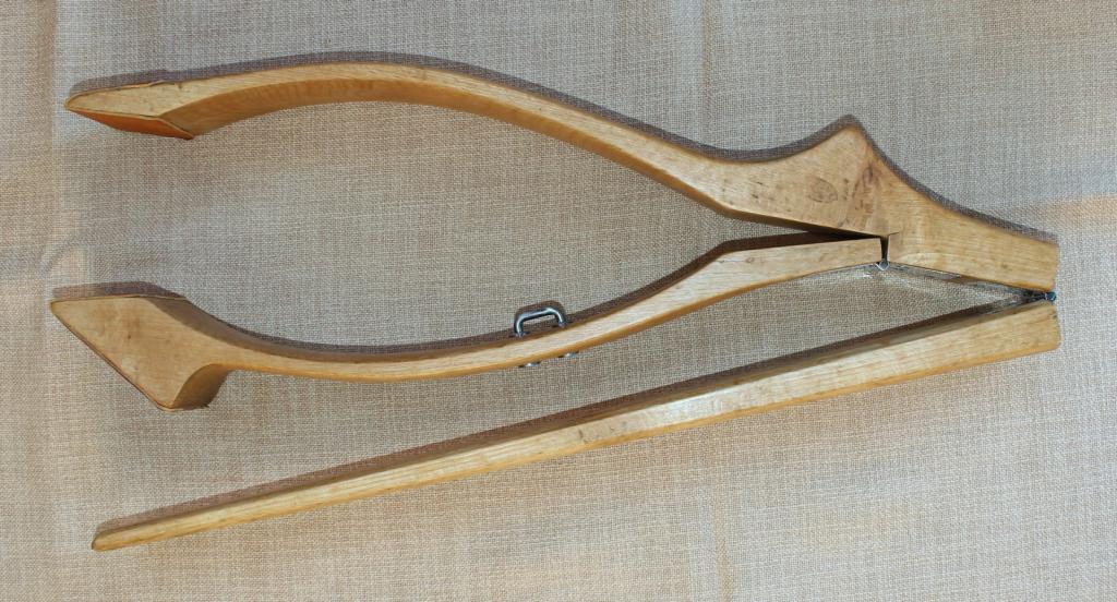 Outils anciens art populaire pince coudre le cuir for A coudre en anglais