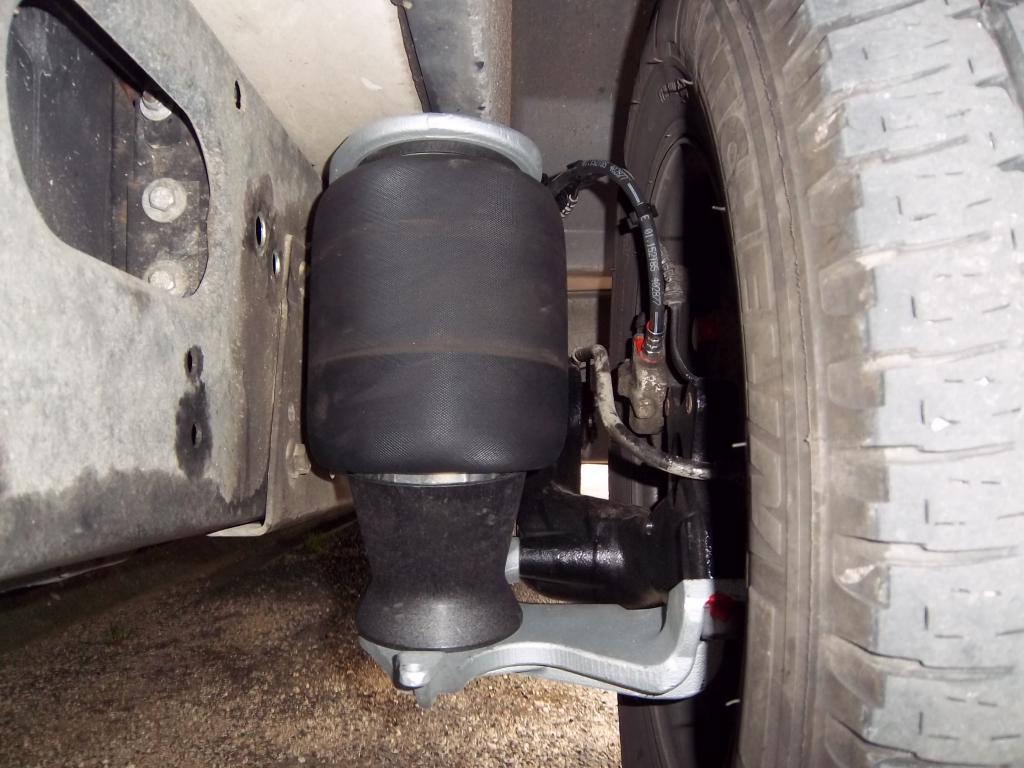 forum camping car par marque suspensions pneumatiques vb air. Black Bedroom Furniture Sets. Home Design Ideas