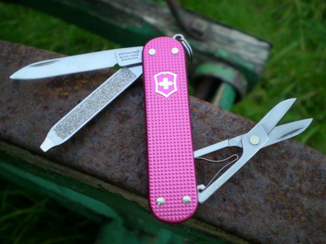 Ma collection Victorinox et wenger. [par Lucke] - Page 4 Dscn7531-4a3d5a9