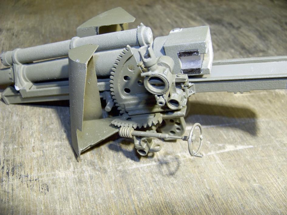 "M7 B1 105 Howitzer Gun Motor Carriage ""Priest"" - Heng Long - 1/16e - Page 2 103_3993-4ddb29d"