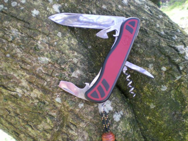 Ma collection Victorinox et wenger. [par Lucke] 1397017_102050669...632426_o-49f80f3