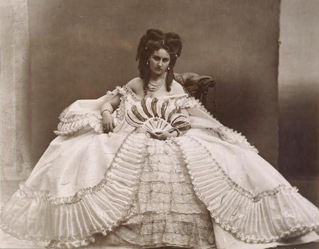Une petite histoire par jour (La France Pittoresque) - Page 9 Comtesse_virginia...-1899-_a-54b5dc2