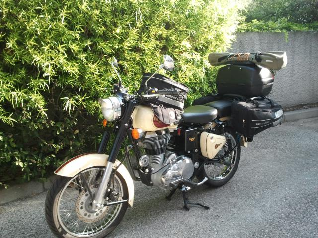w800 forum photos de ma royal enfield. Black Bedroom Furniture Sets. Home Design Ideas