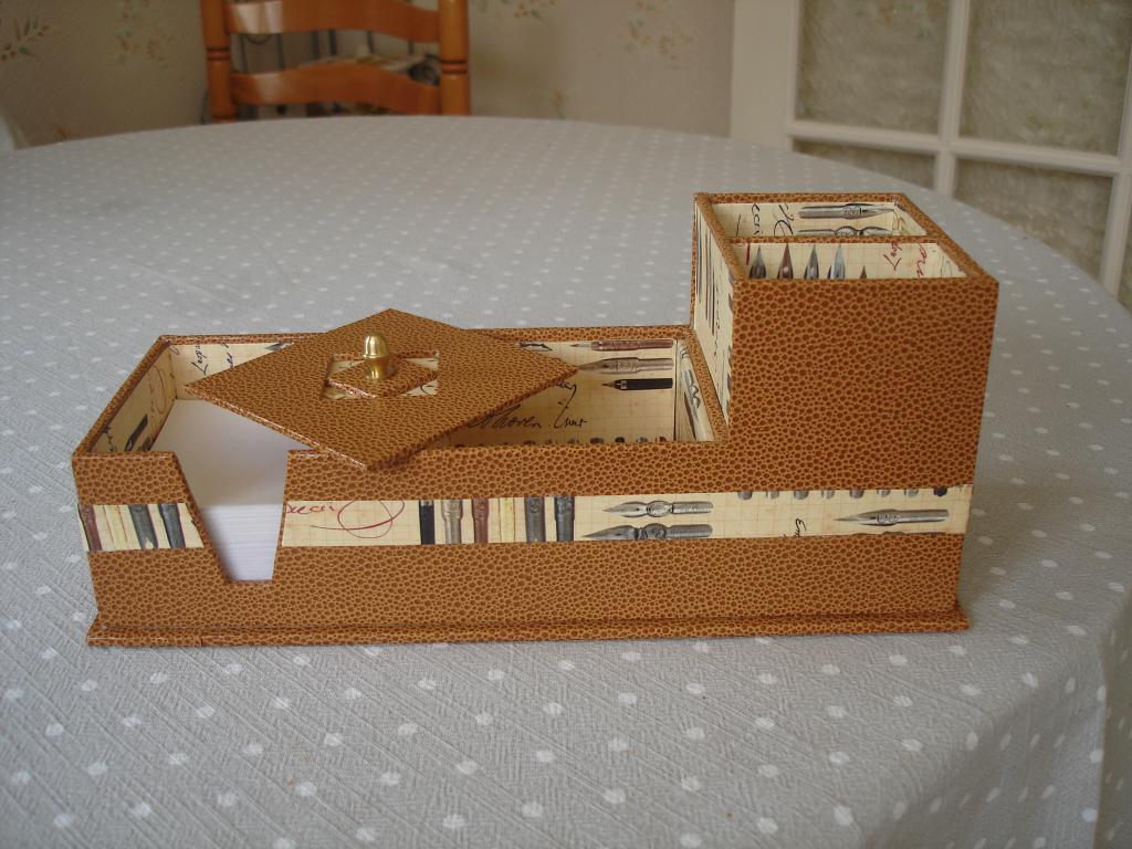 croisee creative n cessaire de bureau 2. Black Bedroom Furniture Sets. Home Design Ideas