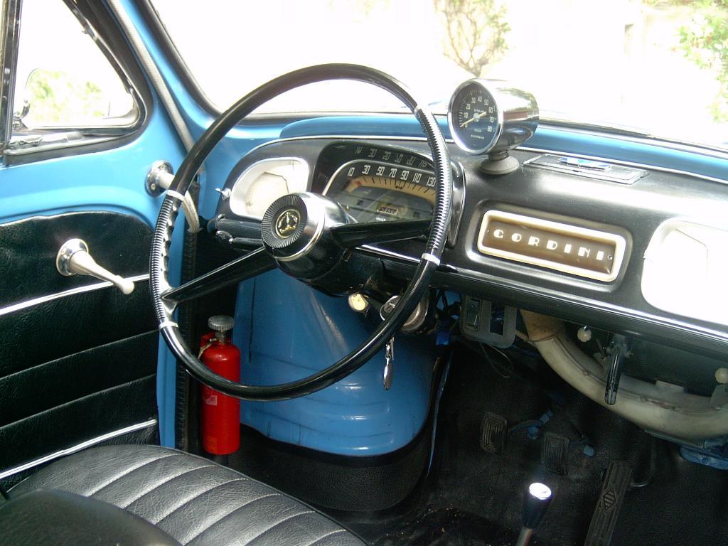 Peugeot bb et d riv s dauphine gordini 1095 1967 for Interieur 1960
