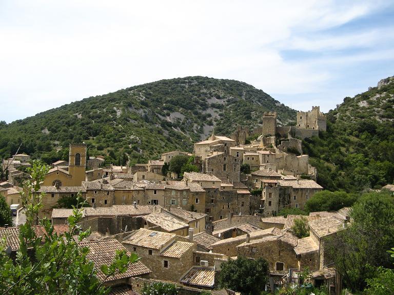 Saint-Montan (Сен-Монтан), Рона-Альпы, достопримечательности, путеводитель