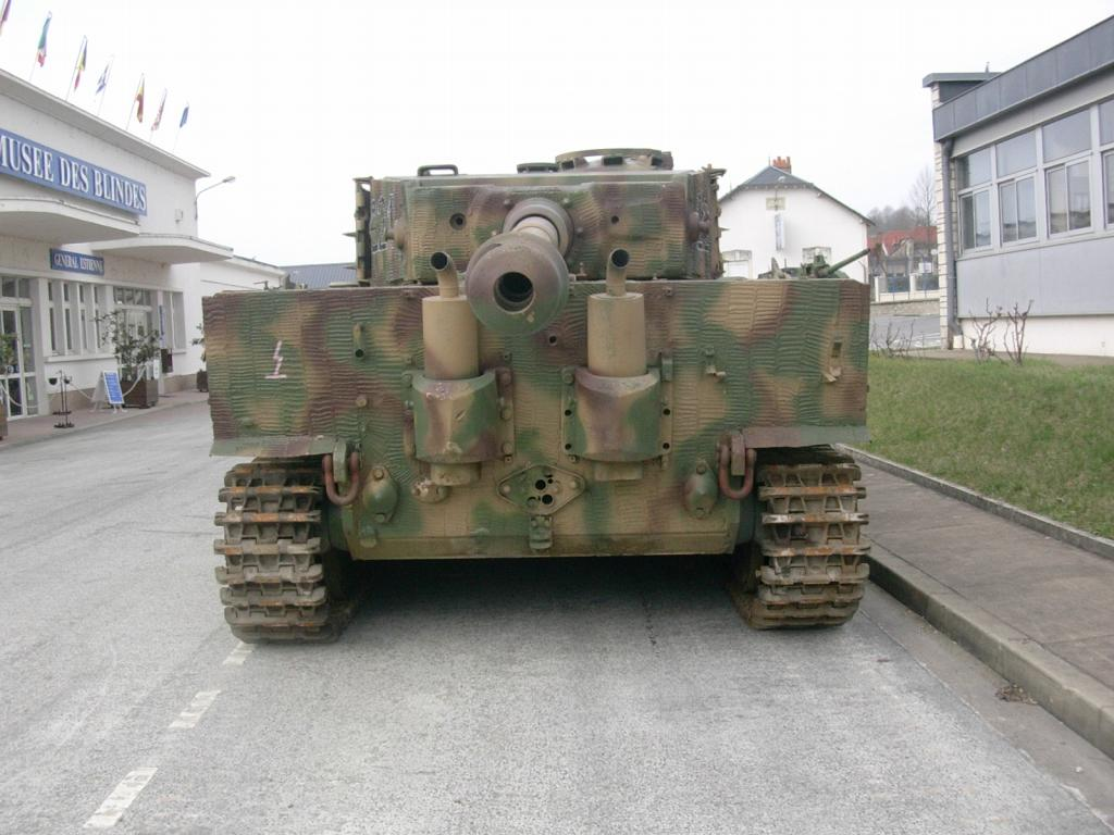 Forum des chars de combat et de la cavalerie tiger i for L interieur du char de vimoutier