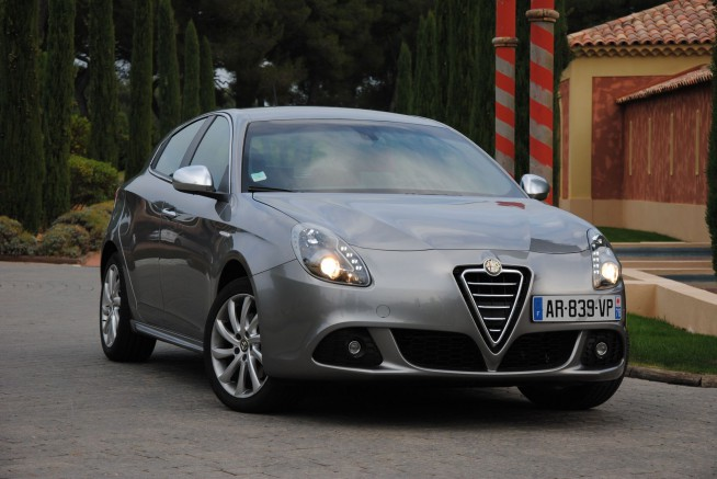 Autopassion la passion de l 39 auto sur un forum essai for Alfa romeo salon de provence
