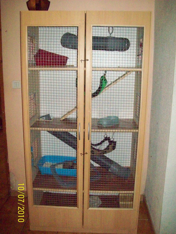 furet vison cage pour furet. Black Bedroom Furniture Sets. Home Design Ideas